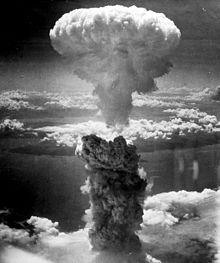 Nagasaki bomb mushroom cloud